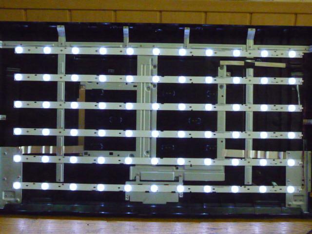 Світлодіодні LED-лінійки CL-40-D611-V6 (матриця TPT400LA-HF05 REV:SC1F).