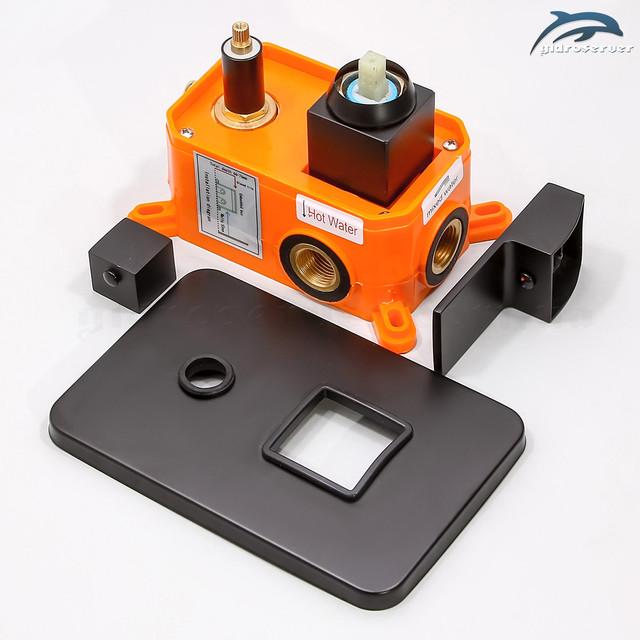 Змішувач для душового гарнітура прихованого монтажу BSKV-02 з перемикач на 2 положення.