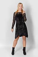 Женское платье нарядное - из черного велюра с гипюром на рукавах и лифе, расклешенное