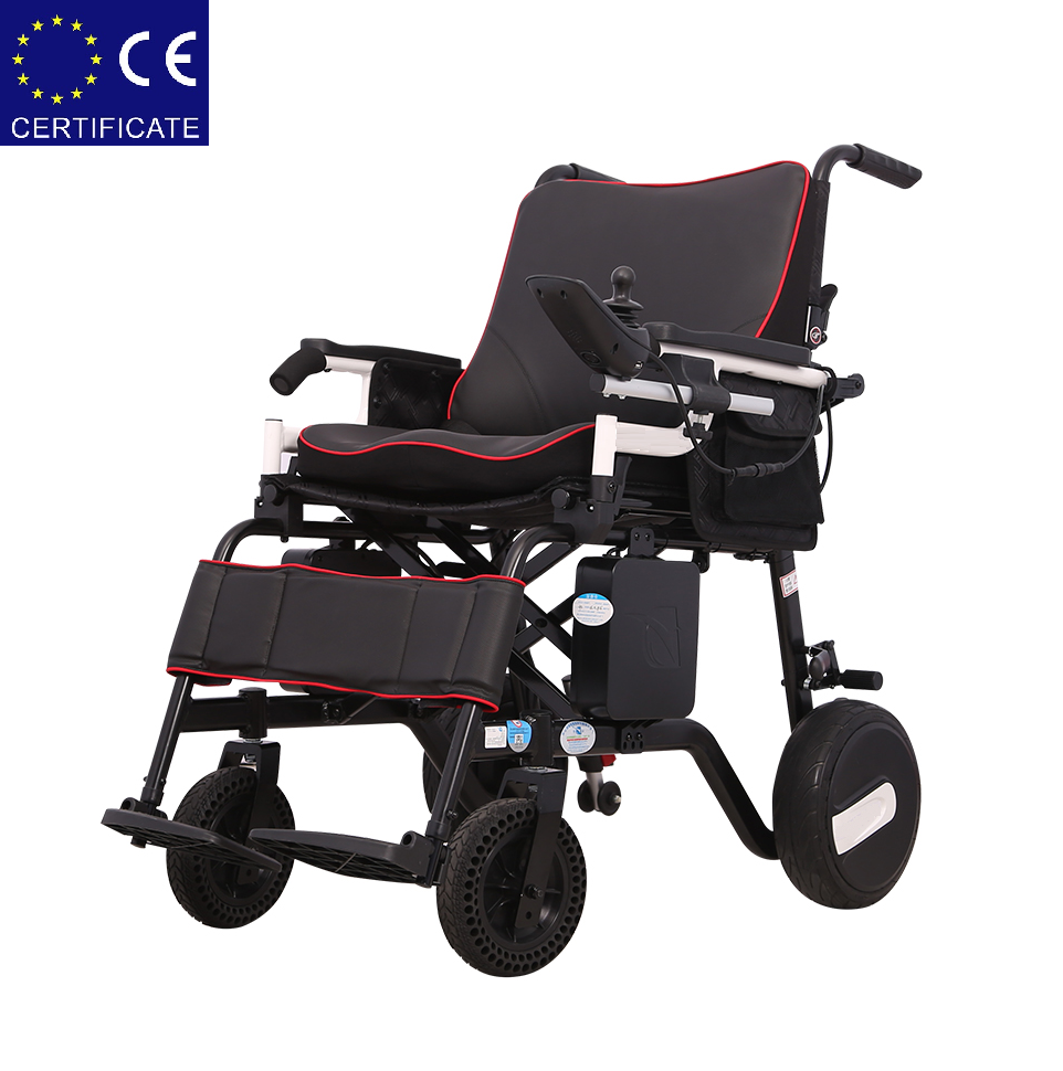 Алюминиевая легкая складная электроколяска для инвалидов D-6030 (10Ач)