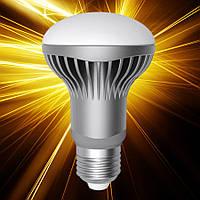 Светодиодная лампа ELECTRUM R63 9W Е27 2700 AL LR-21