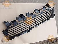 Решетка переднего бампера DACIA LOGAN (центральная) 2014 (пр-во EuroEx Венгрия) ЕЕ 109884