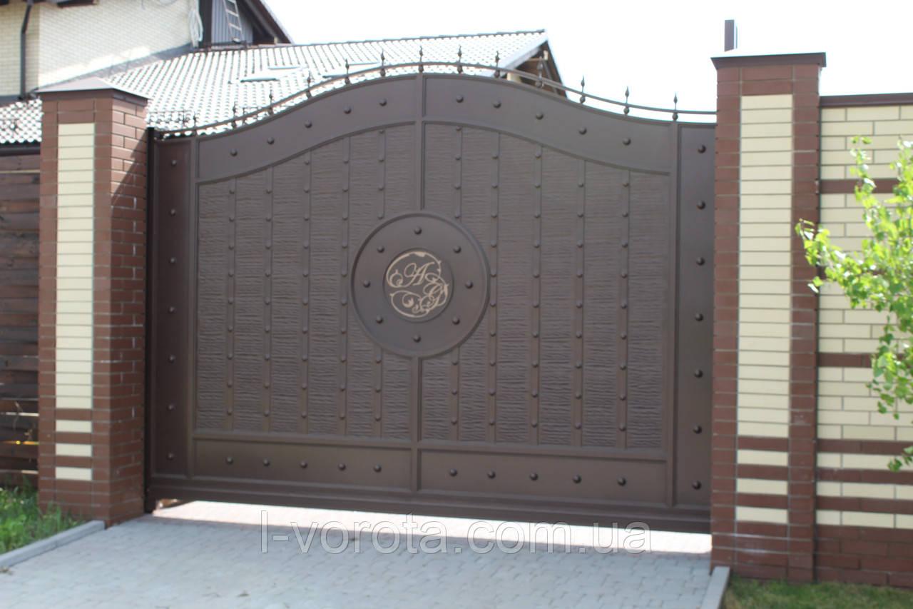 Сдвижные металлические ворота с рельефным декором (эффект жатки) 3500*2400