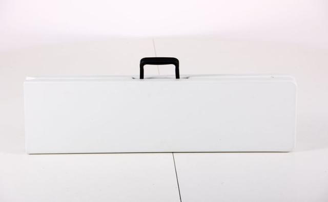 Лавочка складная Орека 180х25х43 пластик белый (Фото 5)