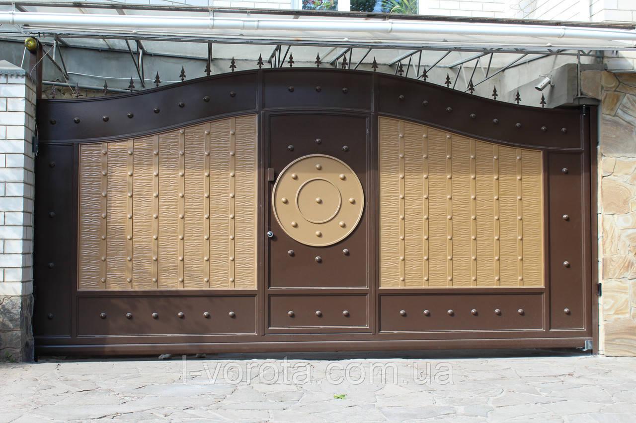 Автоматические сдвижные металлические ворота с врезной калиткой (эффект жатки) ш4000, в2500