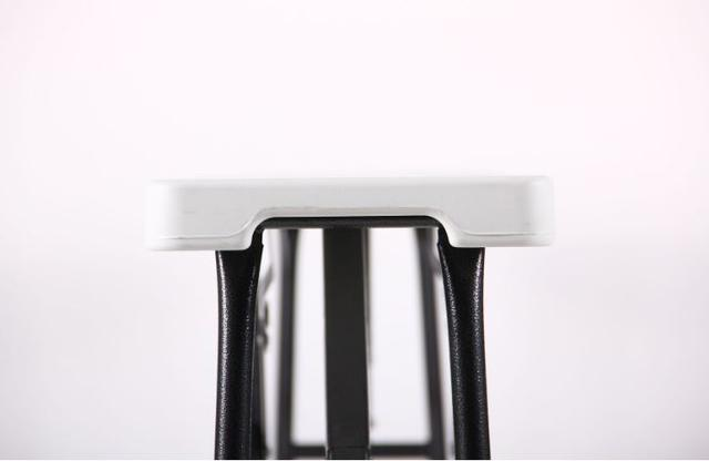 Лавочка складная Орека 180х25х43 пластик белый (Фото 8)