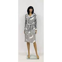 Теплый махровый халат серого цвета с капюшоном для беременных Перья 44-50 р