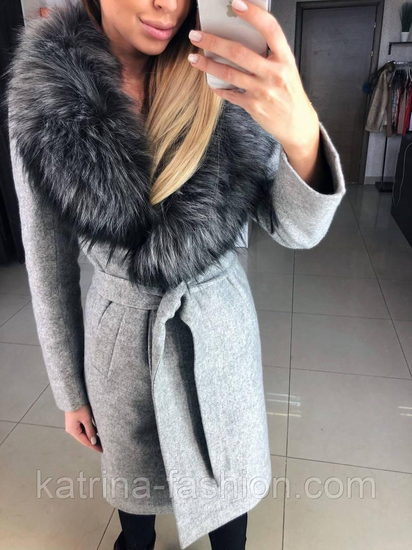 Женское зимнее шерстяное пальто с меховым воротником (в расцветках)