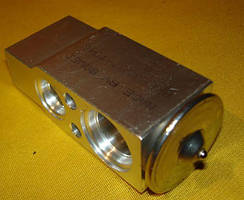 Расширительный клапан RE174764