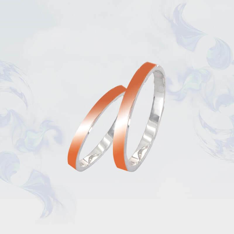Обручальные кольца из серебра с золотыми вставками