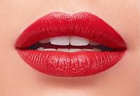 Увлажняющая губная помада, тон классический красный