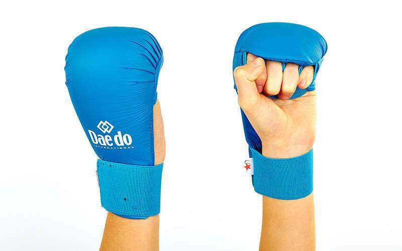 Перчатки для каратэ DADO BO-5076-BL (L)