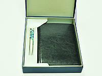 """Деловой подарочный набор """"Классик"""": ежедневник А5 из экокожи и ручка в футляре"""