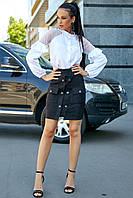 Юбка из эко замши выше колена, короткая, с карманами и пуговицами. Обтягивающая. Черная