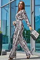 Женский комбинезон со змеиным принтом с широкими длинными штанами и длинным рукавом. Черно-белый