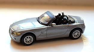 Іграшка машинка автомодель BMW-Z4