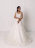 Свадебное платье с кружевом вышитым бисером и пышной юбкой, фото 2