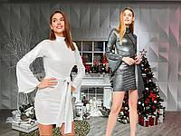 Обтягивающее платье с расклешенным рукавом /разные цвета, S, M, KR-5443/
