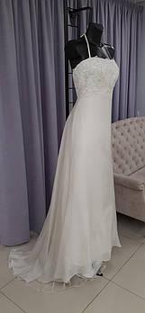 Шифоновое свадебное платье из натурального шёлка с кружевом и бисером