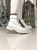 Женские зимние ботинки Timberland с натуральным мехом белые (white)