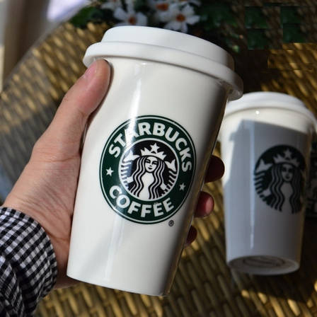 Чашка керамическая с силиконовой крышкой с поилкой Starbucks, фото 2