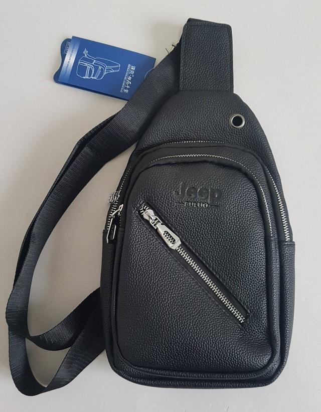 фотография мужская сумка слинг черного цвета