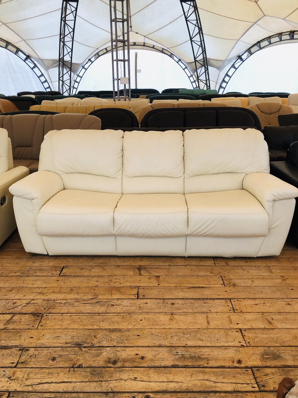 Кожаный раскладной диван трёхместный б/у из Германии