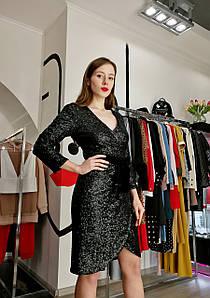 Шикарное блестящее платье на запах миди с пайетками нарядное черное с бархатным поясом новогоднее