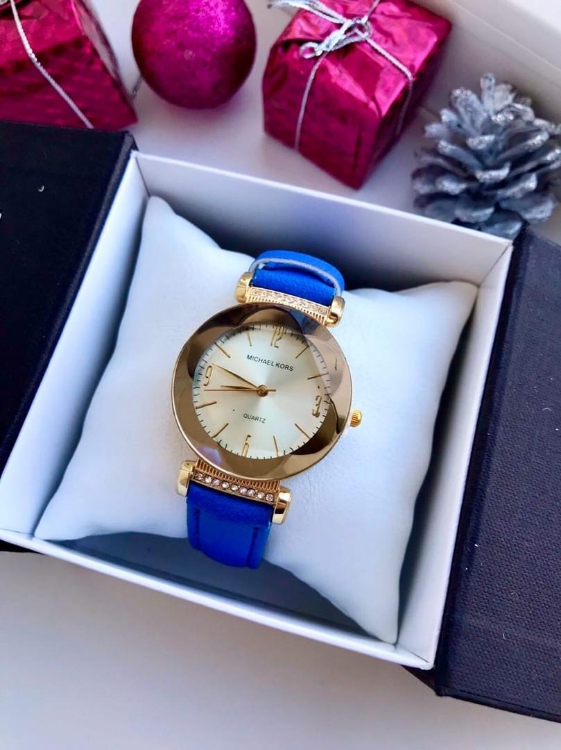 Тоненькие женские часы