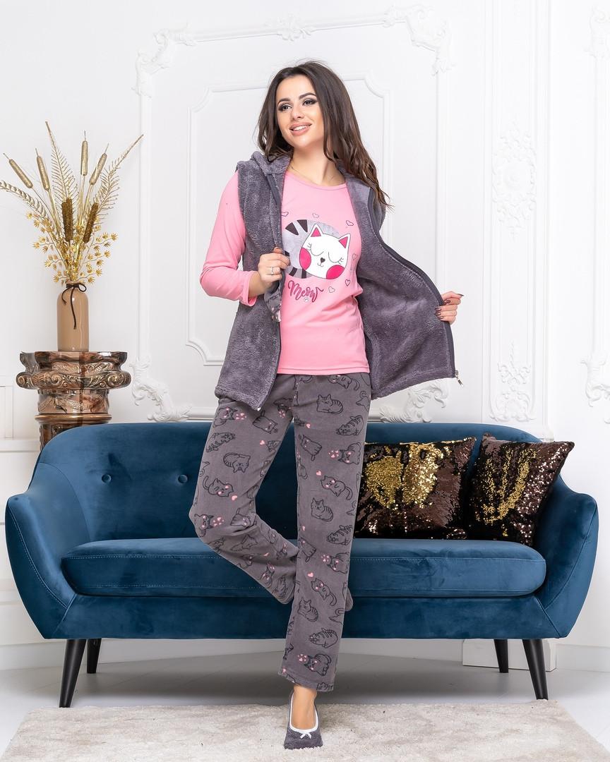 Теплая уютная женская пижама тройка (штаны,джемпер,жилетка)с капюшоном из коттона серо-розового цвета.