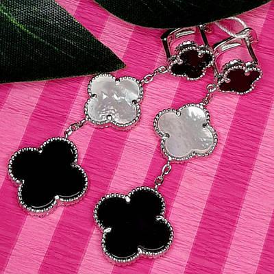 Довгі срібні сережки Конюшина з оніксом і перламутром - Брендові сережки Конюшина довжина 65 мм