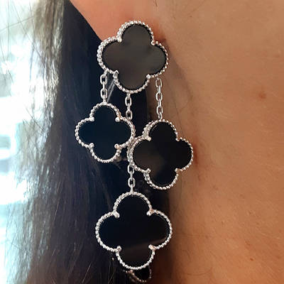 Срібні сережки Конюшина з оніксом - Потрійні срібні довгі сережки конюшина з чорним оніксом