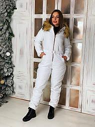 Женский зимний комбинезон с капюшоном и меховой опушкой vN6115