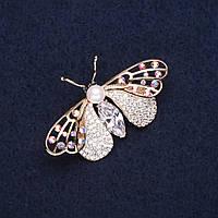 Брошь элит Бабочка стразы цвет белый хамелеон 42х25мм золотистый металл