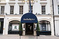 Аукционный дом Sotheby's, после смены руководства, провёл крупную реструктуризацию.