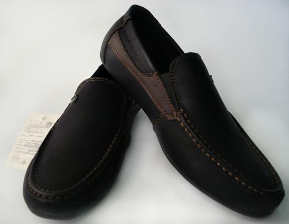 Ботинки, туфли, мокасины, босоножки.