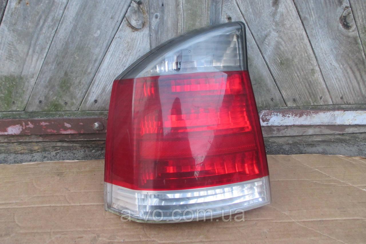Фонарь стоп задний левый для Opel Vectra C седан 2002-2005, 13157772