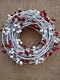 Біло-червоний новорічний вінок на двері 35 см, фото 4