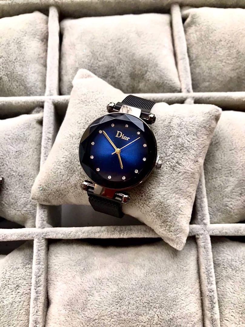 Часы женские dior