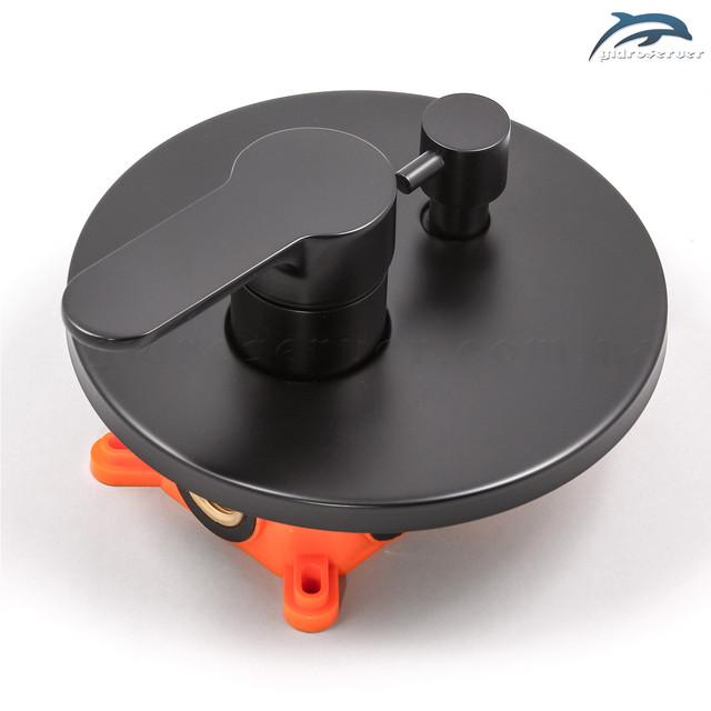 Смеситель для душевой системы скрытого монтажа BSSV-03 с переключателем на 2 режима работы.