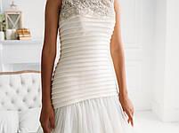 Свадебное платье со складками кружевом и пышной юбкой, фото 4