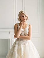 Свадебное платье с кружевом и пышной юбкой из органзы, фото 3