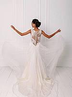 Классическое свадебное платье с кружевом и вышивкой бисером, фото 4