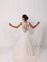 Классическое свадебное платье с кружевом и вышивкой бисером, фото 3