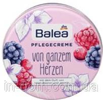 Balea Pflegecreme Von Ganzem Herzen крем для ухода за лицом и телом Красные ягоды и жасмин 30 мл