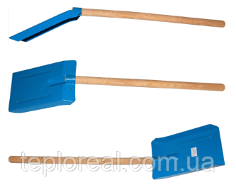Лопатка с деревянной ручкой большая (Польша)