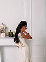 Свадебное гипюровое приталенное платье с цветком, фото 5