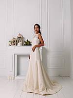 Свадебное гипюровое приталенное платье с цветком, фото 2