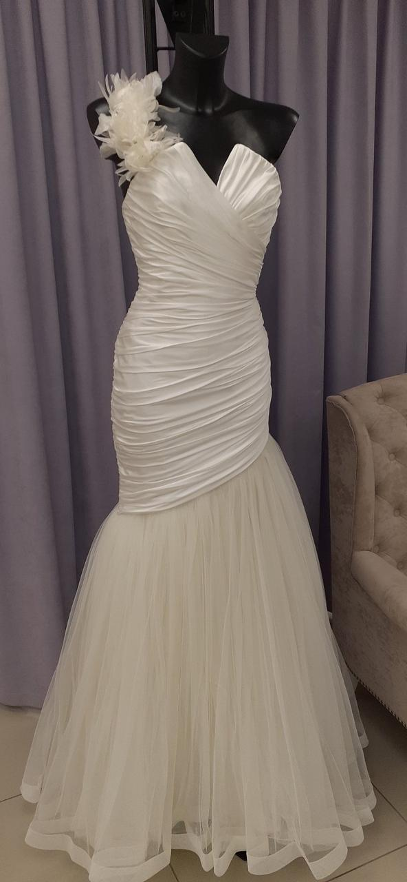 Свадебное платье в классическом стиле