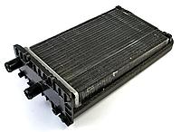 Радіатор пічки Volkswagen Transporter t4 990-03) 701819032